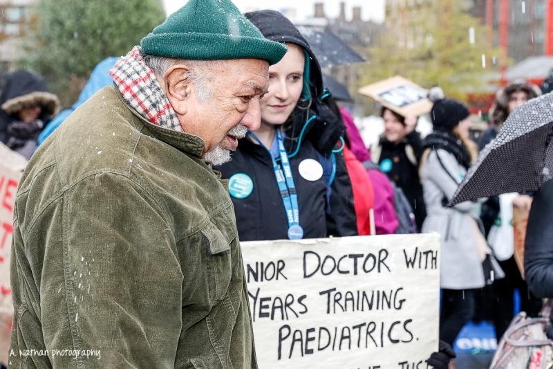 Junior Doctors' Strike_14_160427-2