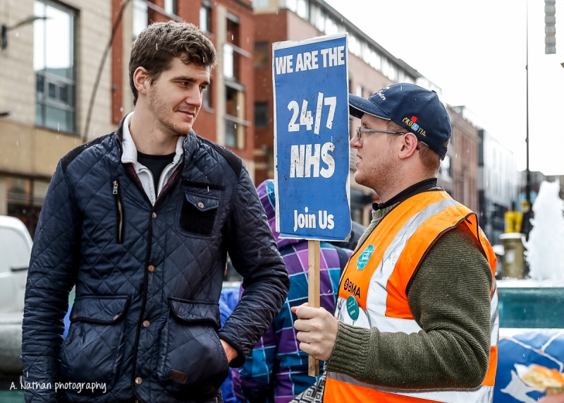 Junior Doctors' Strike_5_160427-2